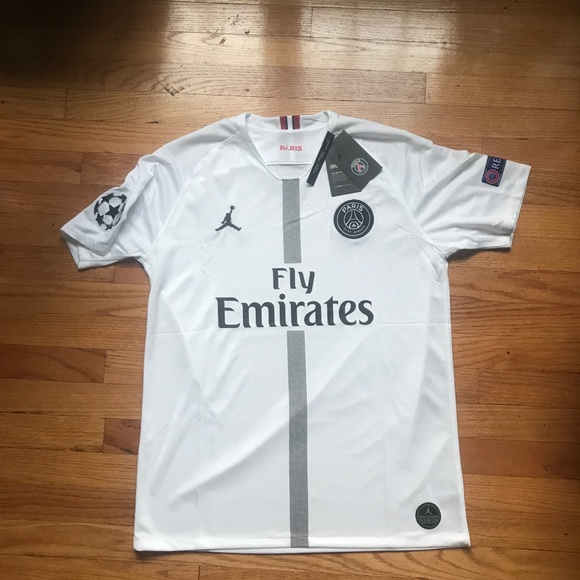competitive price 9ad0f 7a684 Jordan x PSG White Champions League Jersey !